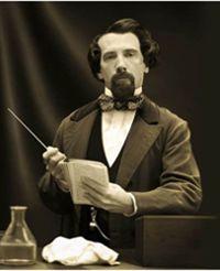 Gerald-Charles Dickens y su parecido con su antepasado Charles Dickens